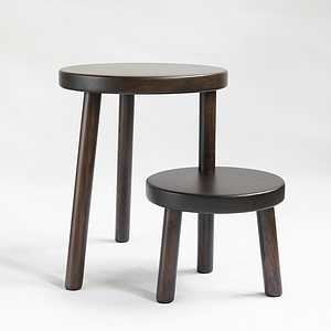 咖啡色換鞋凳