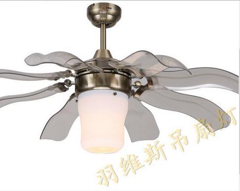 现代室内风起塑胶飞扇吊灯