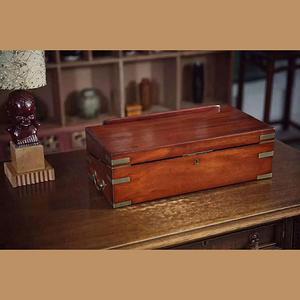 1830年英國制紅木隨身寫字箱