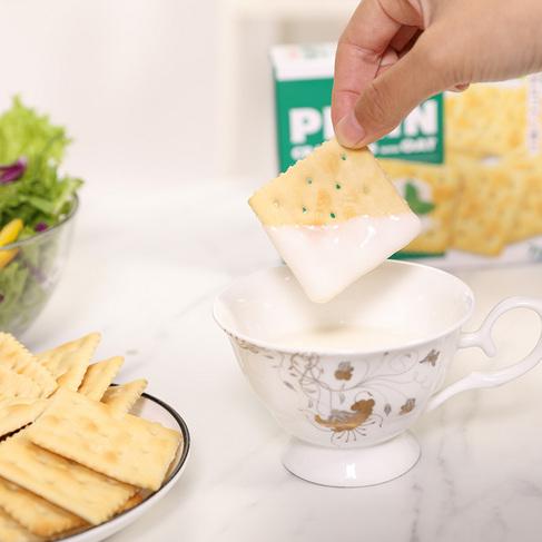 明治燕麦薄脆系列104克