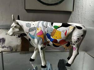美國玫瑰羅曼牛cowparade藝術牛擺件