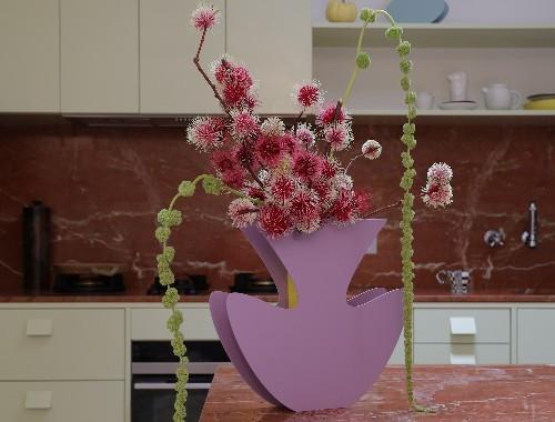 Sculptural vases by NICOLE LAWRENCE STUDIO & HATTIE MOLLOY