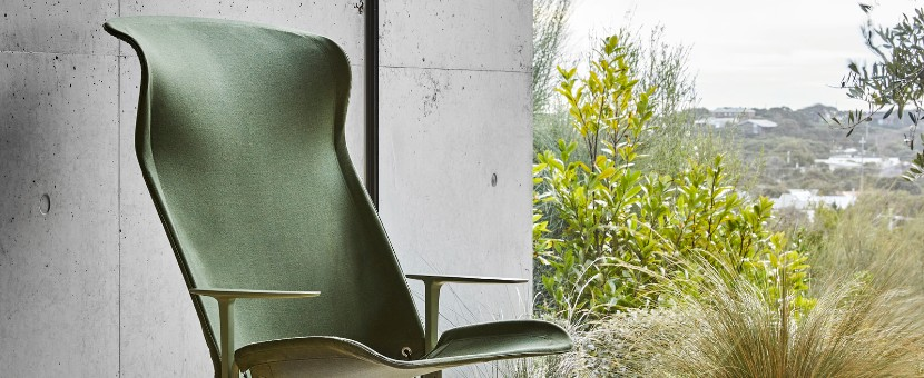 CHAIRS WILSON designs the ZEPHYR LOUNGER for TAIT